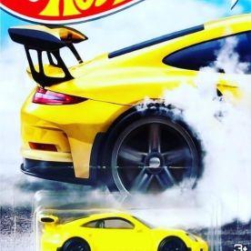Hot-Wheels-Factory-500-HP-2021-Porsche-911-GT3-RS