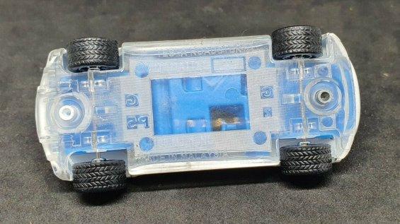 Hot-Wheels-ID-Tesla-Roadster-005
