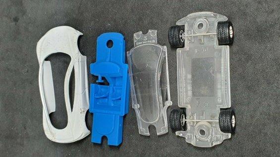 Hot-Wheels-ID-Tesla-Roadster-006