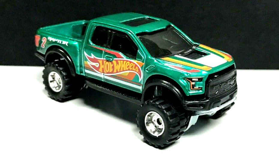 Hot-Wheels-Mail-In-2021-17-Ford-F-150-Raptor-002
