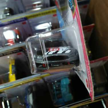 Hot-Wheels-Mainline-2021-Custom-18-Ford-Mustang-GT-Formula-Drift-003