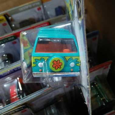 Hot-Wheels-Mainline-2021-The-Mystery-Machine-003