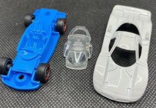 Hot-Wheels-Nissan-R390-GT1-008