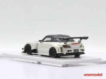One-Model-Honda-S2000-Js-Racing-003
