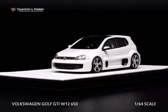 Timothy-and-Pierre-Volkswagen-Golf-GTI-W12-650-Concept-002