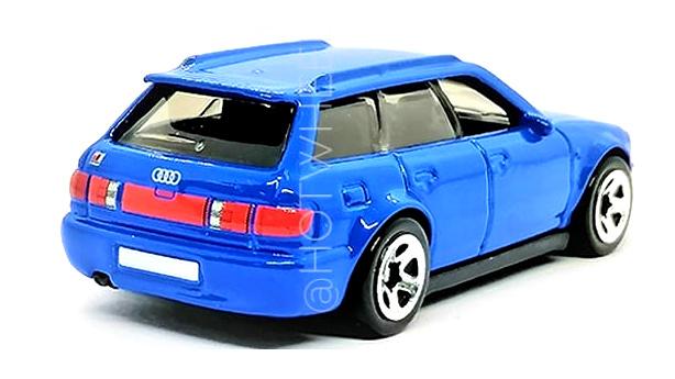 Hot-Wheels-94-Audi-RS2-Avant-003