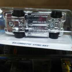 Hot-Wheels-Mainline-2021-64-Corvette-Sting-Ray-006