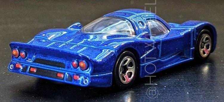 Hot-Wheels-Nissan-R390-GT1-002