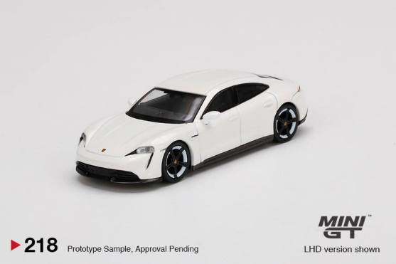 Mini-GT-Avril-2020-Porsche-Taycan-Turbo-S