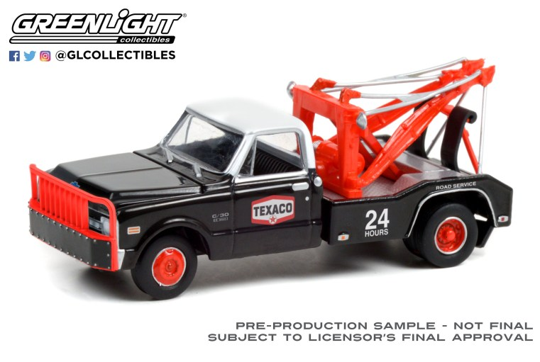 GreenLight-Collectibles-Dually-Drivers-7-1970-Chevrolet-C-30-Dually-Wrecker-Texaco-24-Hour-Road-Service