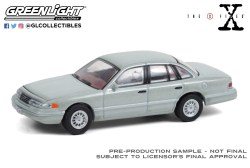 GreenLight-Collectibles-Hollywood-Series-31-1993-Ford-Crown-Victoria-The-X-Files