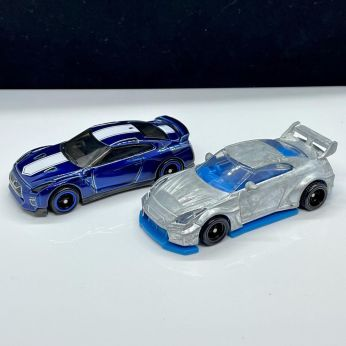 Hot-Wheels-LB-Silhouette-Works-GT-35GT-RR-Ver-1-005