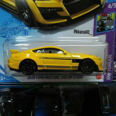 Hot-Wheels-Mainline-2021-2020-Ford-Mustang-Shelby-GT500-002