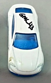 Hot-Wheels-Porsche-Taycan-Turbo-S-002