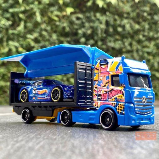 Hot-Wheels-Track-Stars-2021-Mercedes-Benz-Actros-007