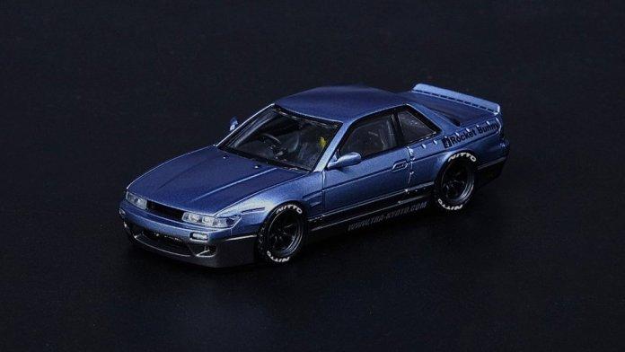 Inno64-Nissan-Silvia-S13-Pandem-Rocket-Bunny-V1-blue-grey-001
