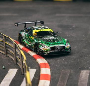 Tarmac-Works-Mercedes-Benz-AMG-GT3-GruppeM Racing-002