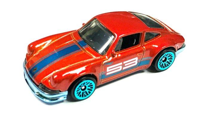 Hot-Wheels-53th-anniversary-series-2021-71-Porsche-911