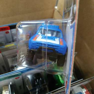 Hot-Wheels-Mainline-2021-87-Dodge-D100-003