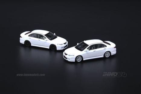 Inno64-Honda-Accord-Euro-R-CL7-Pearl-White-005