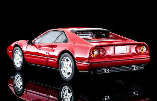 Tomica-Limited-Vintage-Neo-Ferrari-328-GTB-003