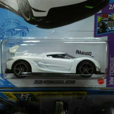Hot-Wheels-Mainline-2021-2020-Koenigsegg-Jesko-002