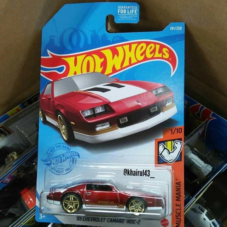 Hot-Wheels-Mainline-2021-85-Chevrolet-Camaro-Iroc-Z-001