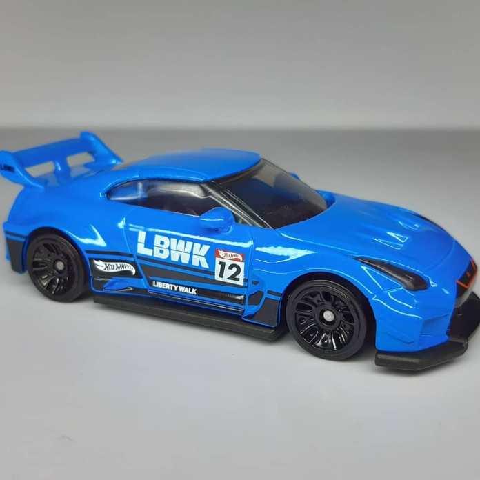Hot-Wheels-Mainline-2021-LB-Silhouette-Works-GT-35GT-RR-Ver-2-001
