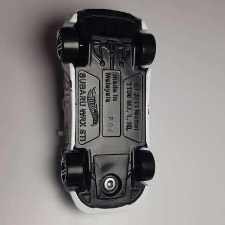 Hot-Wheels-Mainline-2021-Subaru-WRX-STI-003