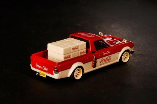 Inno64-x-ToyEast-Nissan-Sunny-Hakotora-Coca-Cola-Pickup-Truck-006