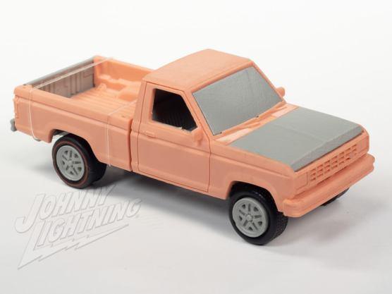 Johnny-Lightning-1983-1988-Ford-Ranger-4x4-001