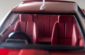 Tomica-Limited-Vintage-Neo-Nissan-Skyline-2000-Turbo-GT-ES-Rouge-005
