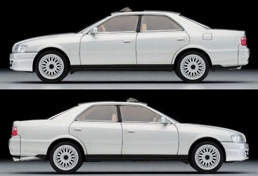 Tomica-Limited-Vintage-Neo-Toyota-Chaser-Avante-G-Argent-004