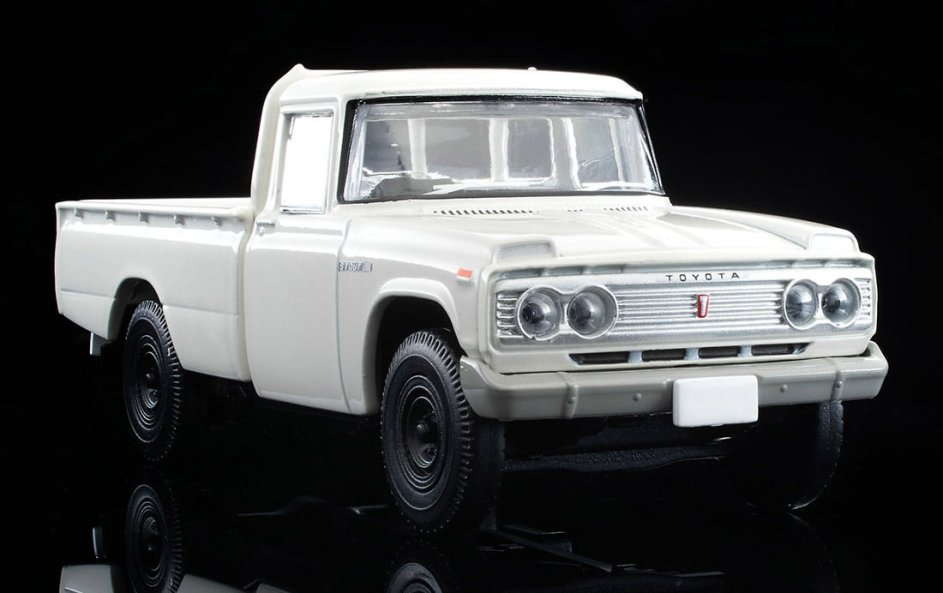 Tomica-Limited-Vintage-Neo-Toyota-Stout-Blanc-002