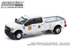 GreenLight-Collectibles-Dually-Drivers-Series-8-2017-Ford-F-350-Dually