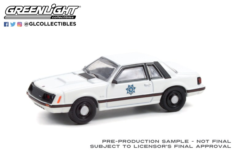 GreenLight-Collectibles-Hot-Pursuit-Series-39-1982-Ford-Mustang-SSP