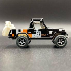 Hot-Wheels-2021-Speed-Blur-5-Pack-67-Jeepster-Commando-001