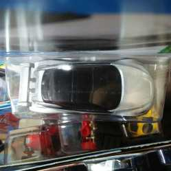 Hot-Wheels-Mainline-2021-Nissan-Leaf-Nismo-RC-02-005