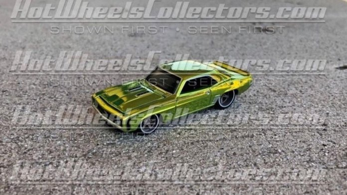 Hot-Wheels-Red-Line-Club-2021-69-Chevrolet-Camaro-001