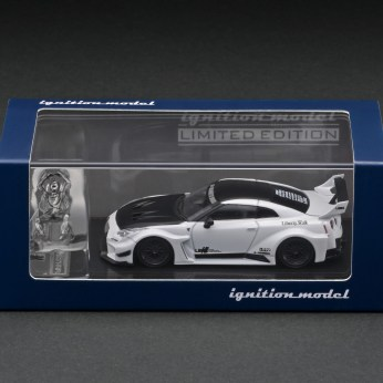 Ignition-Model-LB-Silhouette-Works-GT-Nissan-35GT-RR-Pearl-White-With-Mr-Kato-003