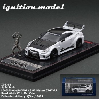 Ignition-Model-LB-Silhouette-Works-GT-Nissan-35GT-RR-Pearl-White-With-Mr-Kato-004