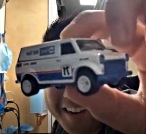 Hot-Wheels-Ford-Diorama-Ford-Transit-Supervan