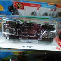 Hot-Wheels-Mainline-2021-52-Chevy-006