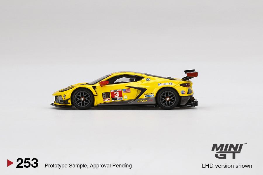 Mini-GT-Chevrolet-Corvette-C8R-3-2020-IMSA-24-Hrs-Daytona-003