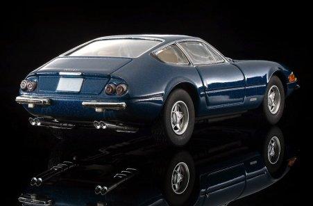 Tomica-Limited-Vintage-Ferrari-365-GT-B4-005