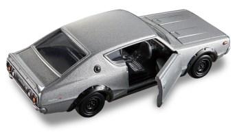 Tomica-Premium-Nissan-Skyline-2000-GT-R-KPGC110-003