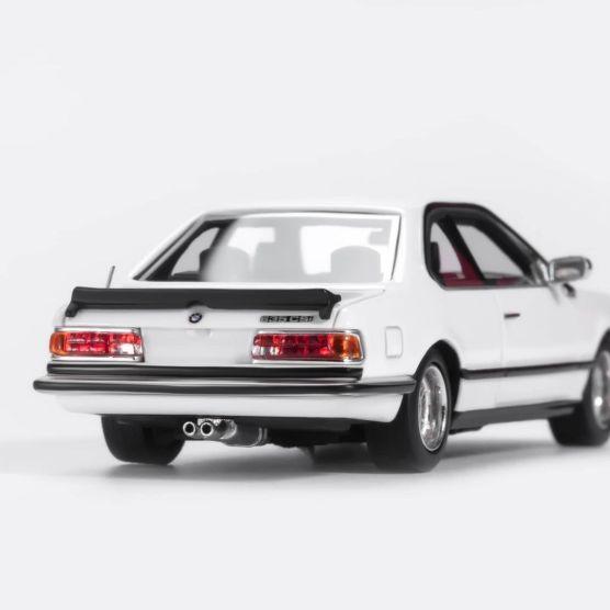 YM-Model-BMW-635-CSi-Blanche-003