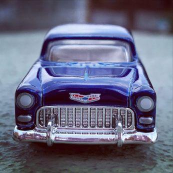 Hot-Wheels-Mainline-Super-Treasure-Hunt-2021-55-Chevy-005