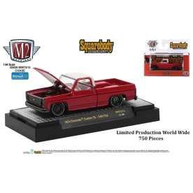 M2-Machines-Squarebody-Syndicate-Series-2-1974-Chevrolet-Custom-10-Chase