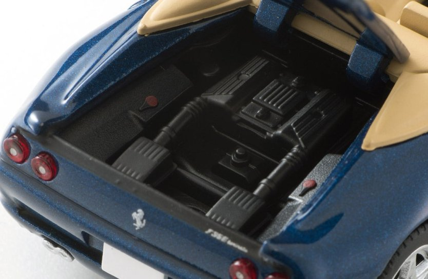 Tomica-Limited-Vintage-Neo-Ferrari-F355-Spider-007
